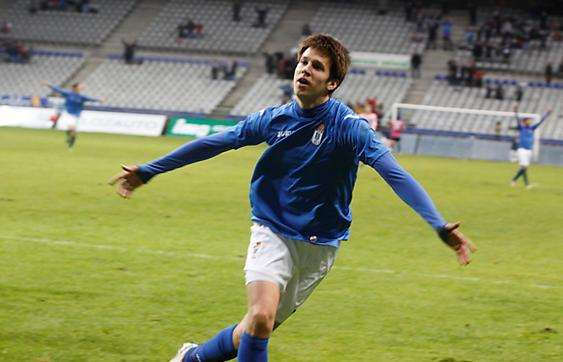 Josep Senye celebrates scoring for Real Oviedo.
